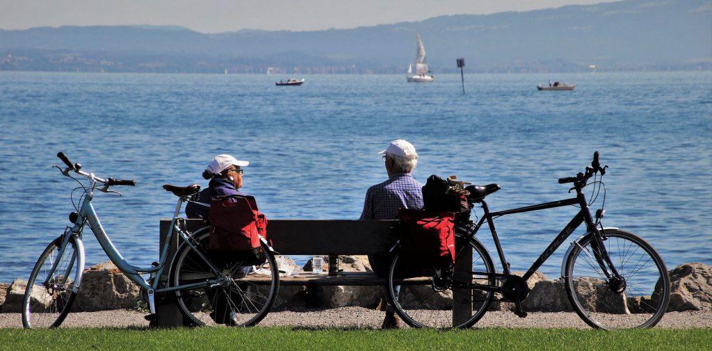 seniors-bench